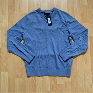 NEW Tommy Hilfiger sweater